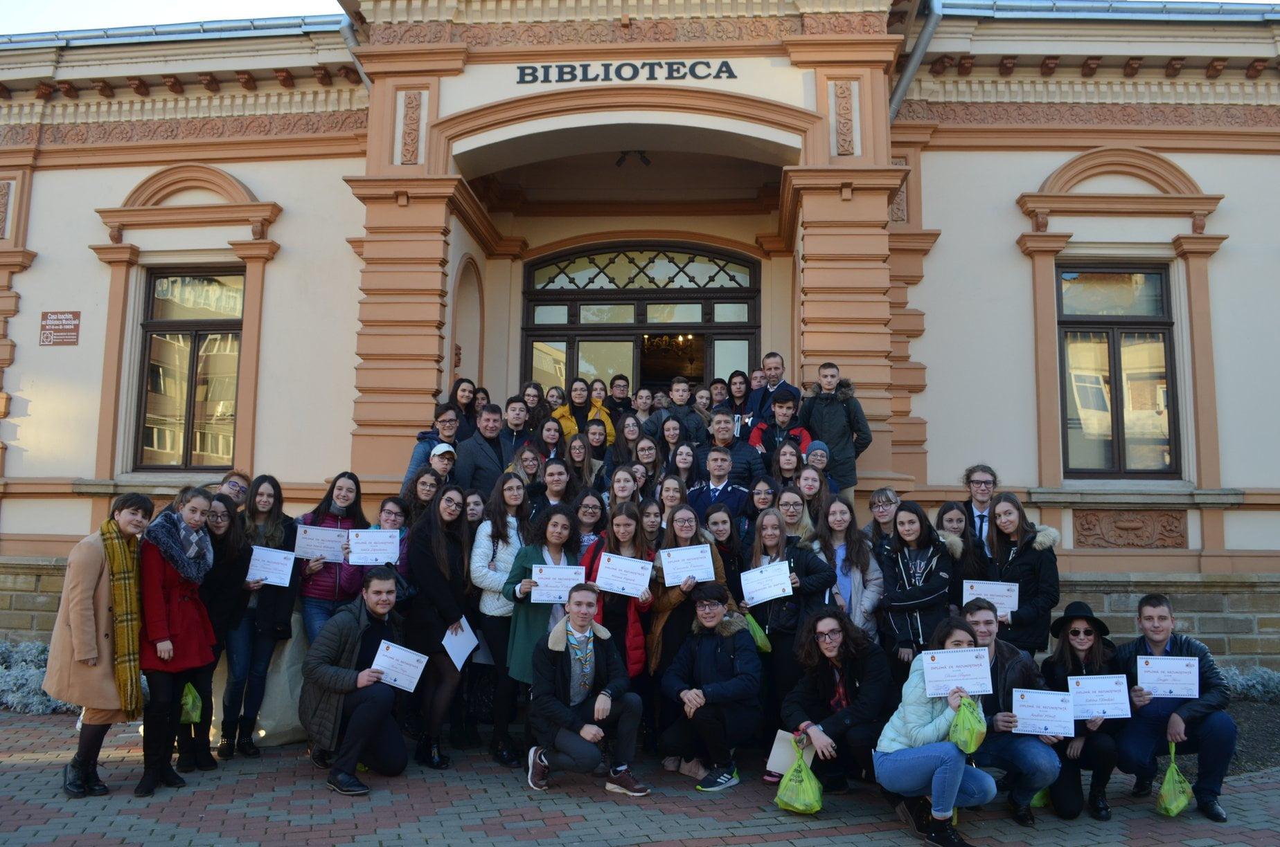 Sute de romașcani au fost premiați la Gala Voluntarilor – ediția a III-a