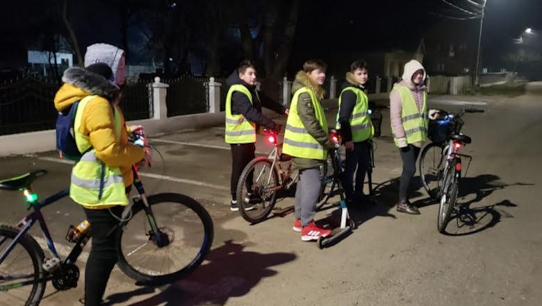 Surpriză a polițiștilor la Gherăești: bicicliști echipați corespunzător