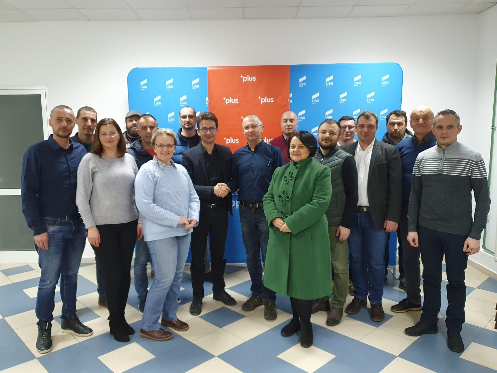 USR și PLUS Neamț au semnat un acord privind o candidatură comună la alegerile locale