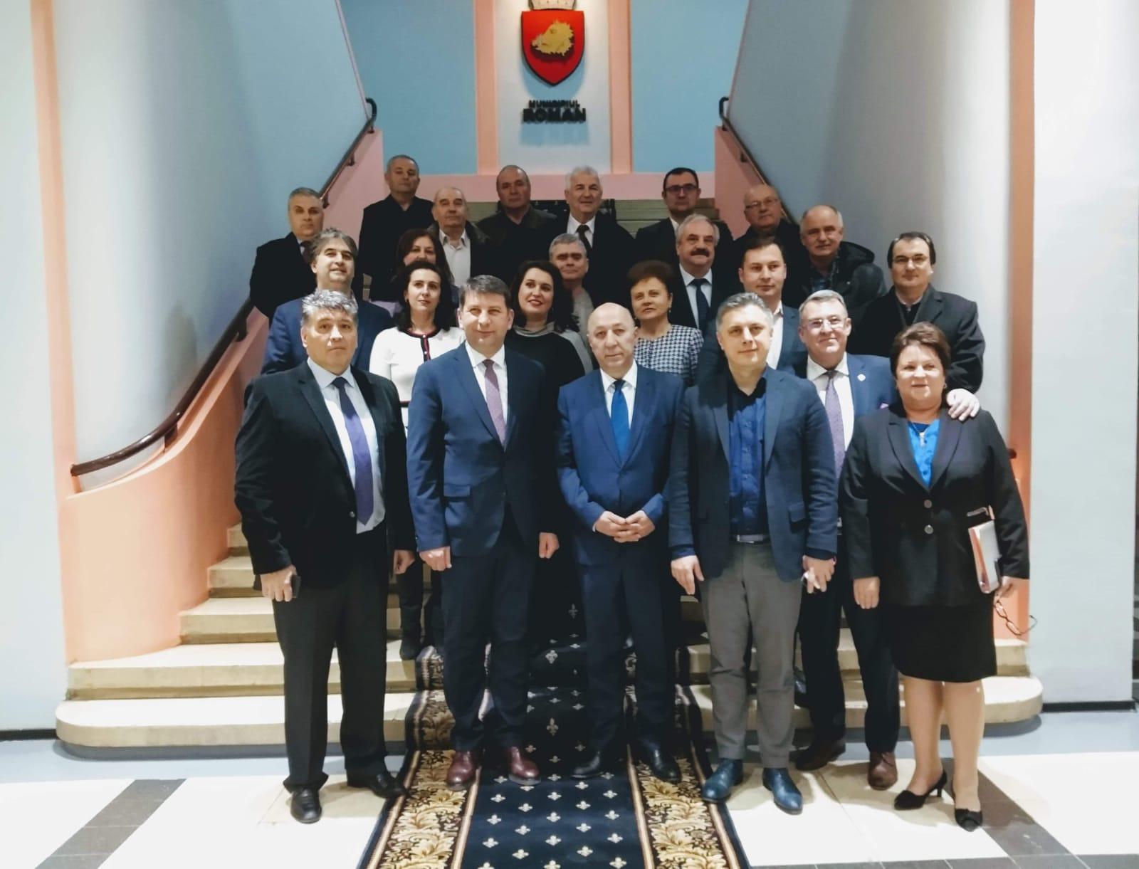 """Deputatul Mugur Cozmanciuc: """"Vizita Ambasadorului Georgiei va întări colaborarea economică, culturală și spirituală între județul Neamț și Georgia"""""""
