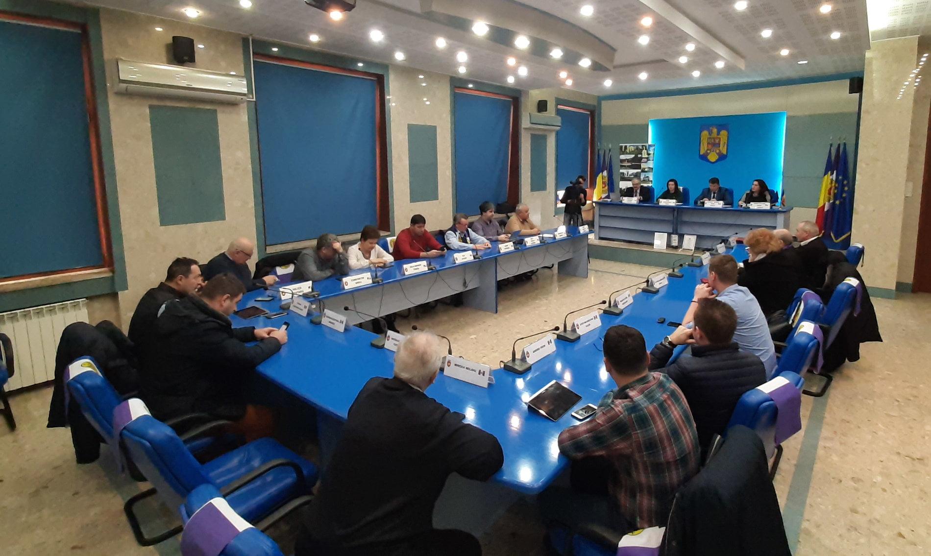 Decizie fără precedent: Romanul renunță la operatorul de apă ApaServ pentru ApaVital Iași