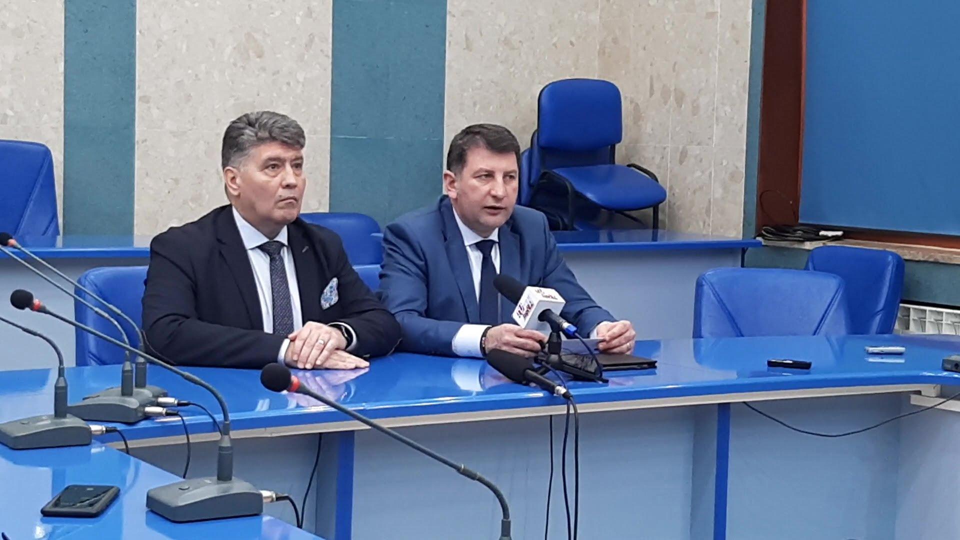 """Deputatul Laurențiu Leoreanu: """"ApaServ Neamț și-a încălcat grav și pentru o perioadă lungă de timp obligațiile pe care le avea față de romașcani"""""""