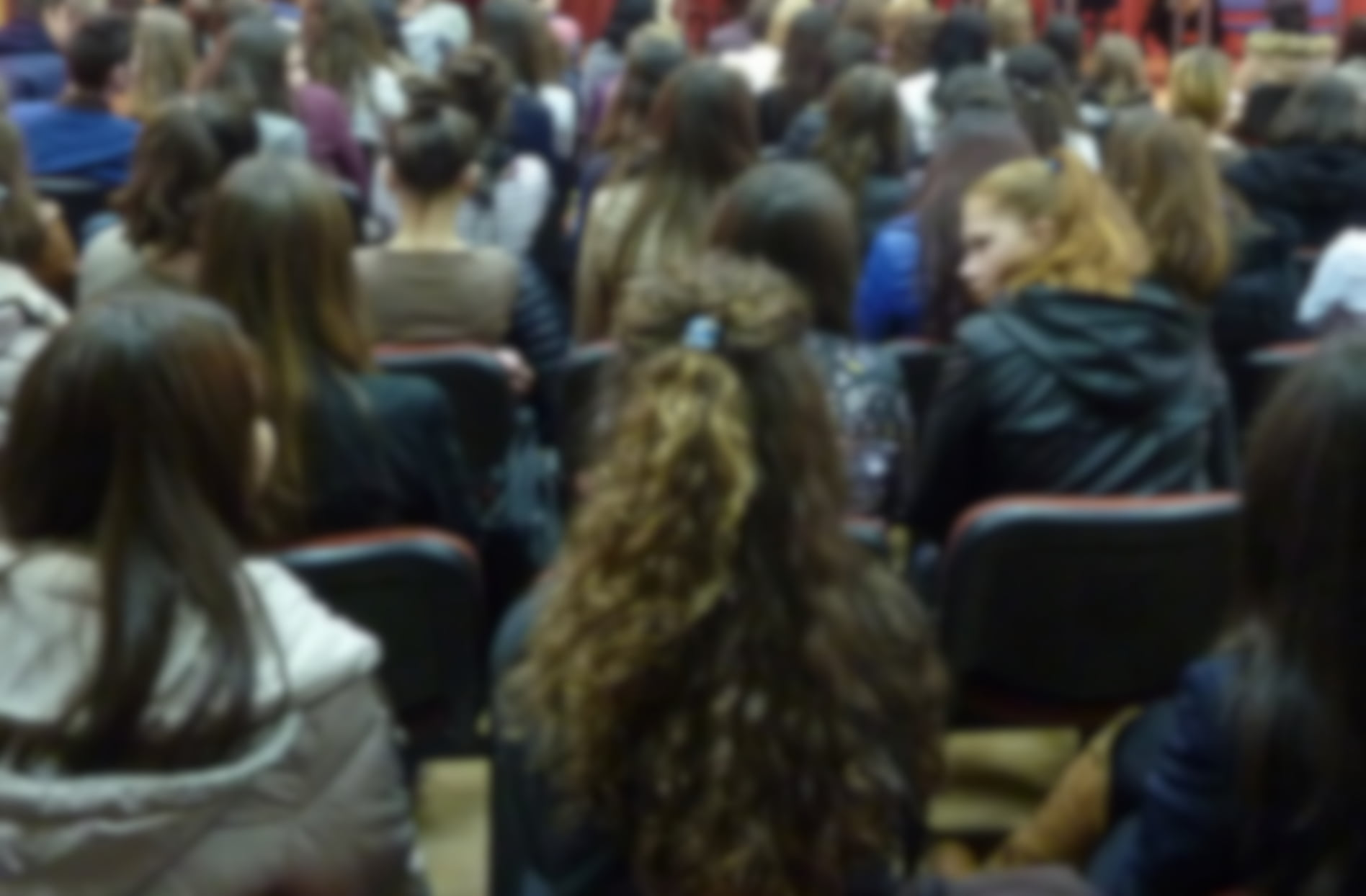 Ministerul Educației și Cercetării a solicitat școlilor limitarea manifestărilor colective cu elevii