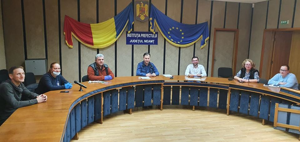 ONG-uri din Neamț, parteneriat cu autoritățile în lupta împotriva COVID-19
