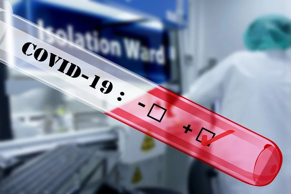 64 de cazuri noi de infecție COVID-19 în Neamț, 3.761 de cazuri noi la nivel național