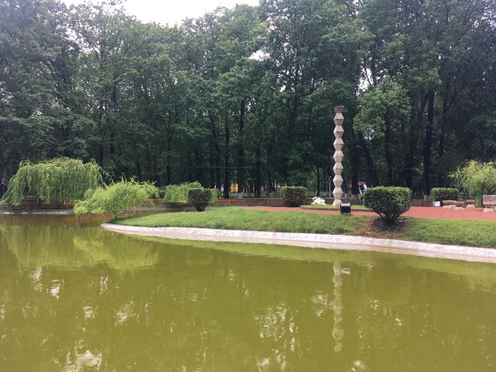 De vineri, se pot face din nou plimbări cu barca sau hidrobicicleta pe lacul din Parcul Municipal