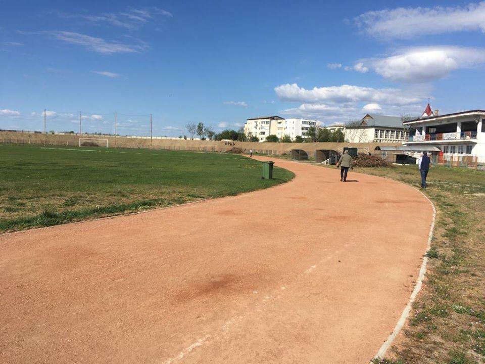 De vineri se redeschid pista pentru atletism și pista pentru biciclete. Care sunt condițiile de acces