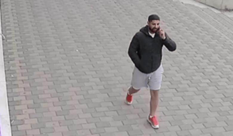 Bărbat bănuit de amenințare, căutat de polițiști
