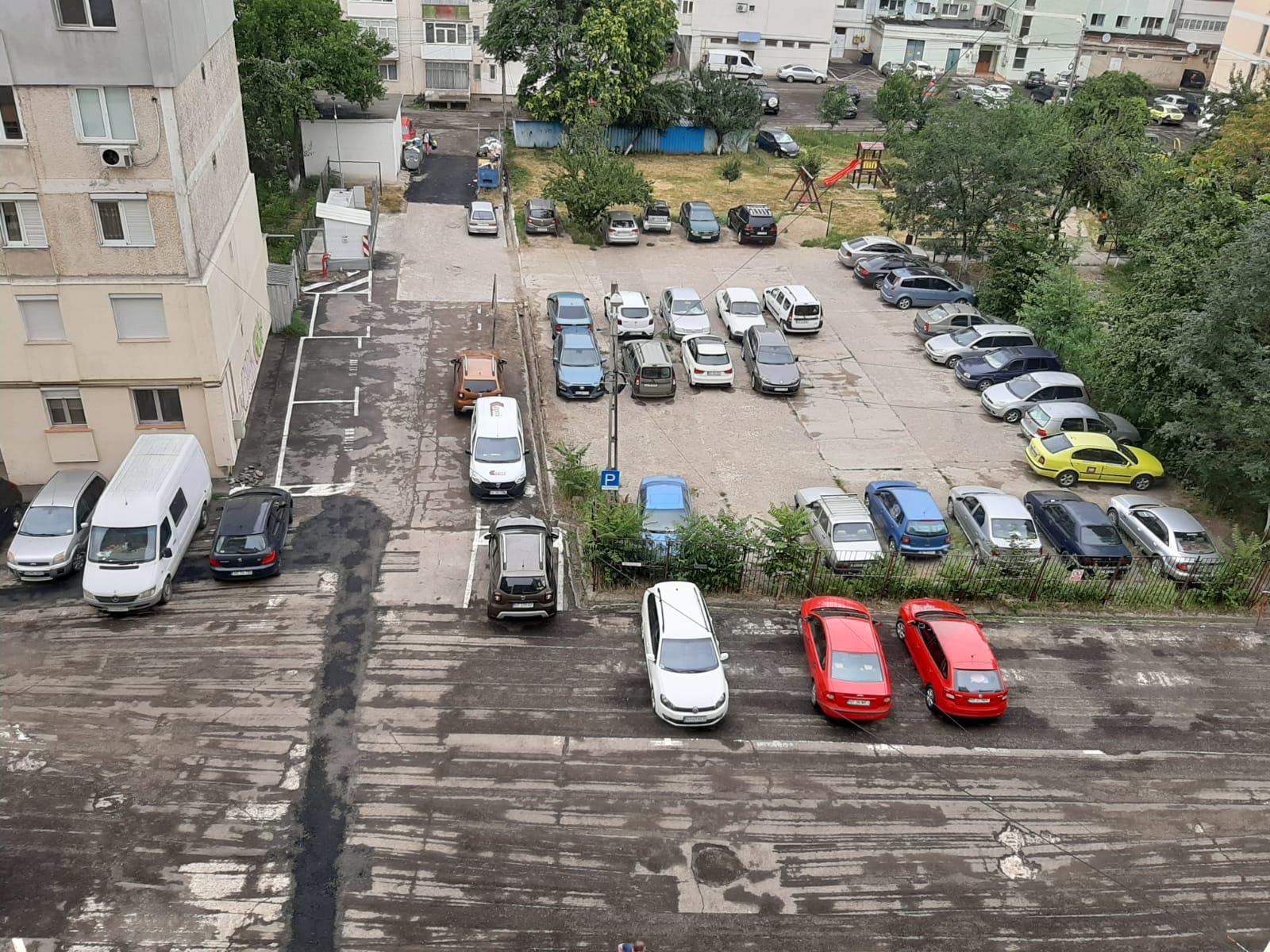 Se efectuează lucrări de modernizare a parcărilor, proprietarii de autoturisme sunt rugați să elibereze zonele