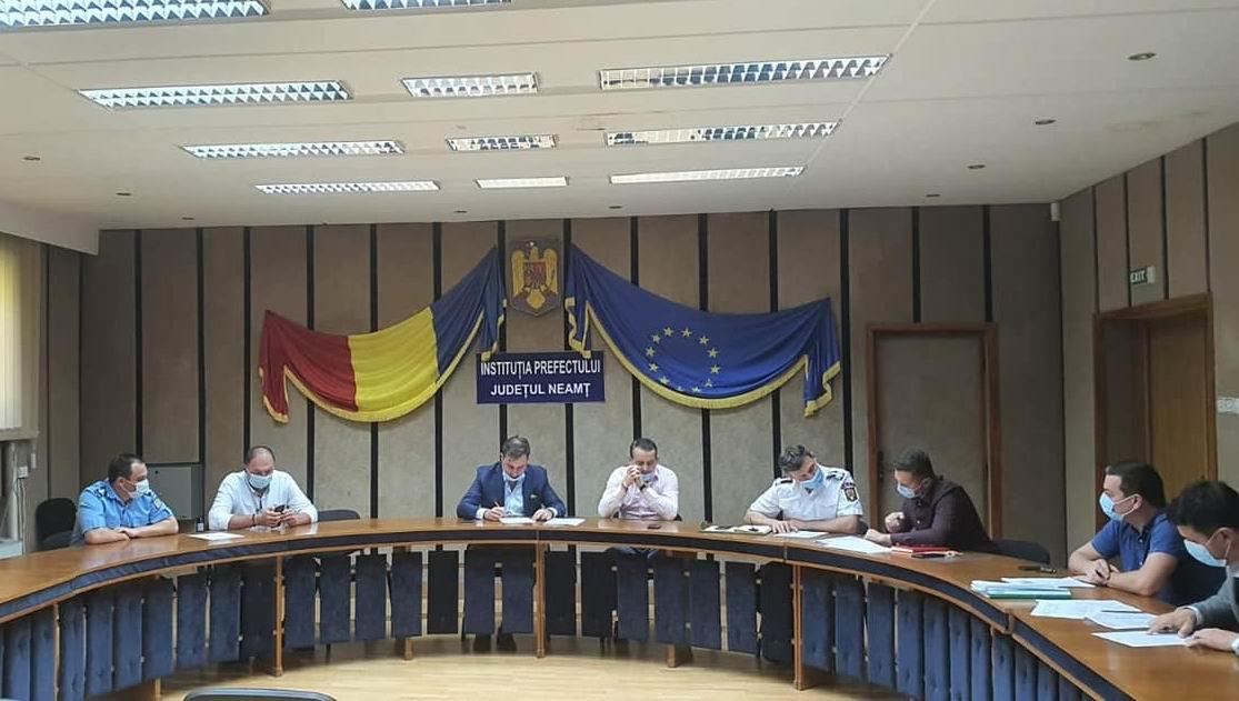Autoritățile au aprobat scenariile pentru deschiderea școlilor din județul Neamț