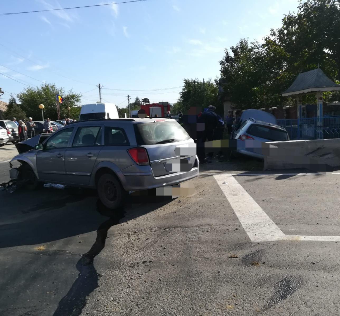 Accident rutier la Gâdinți. O femeie a fost rănită