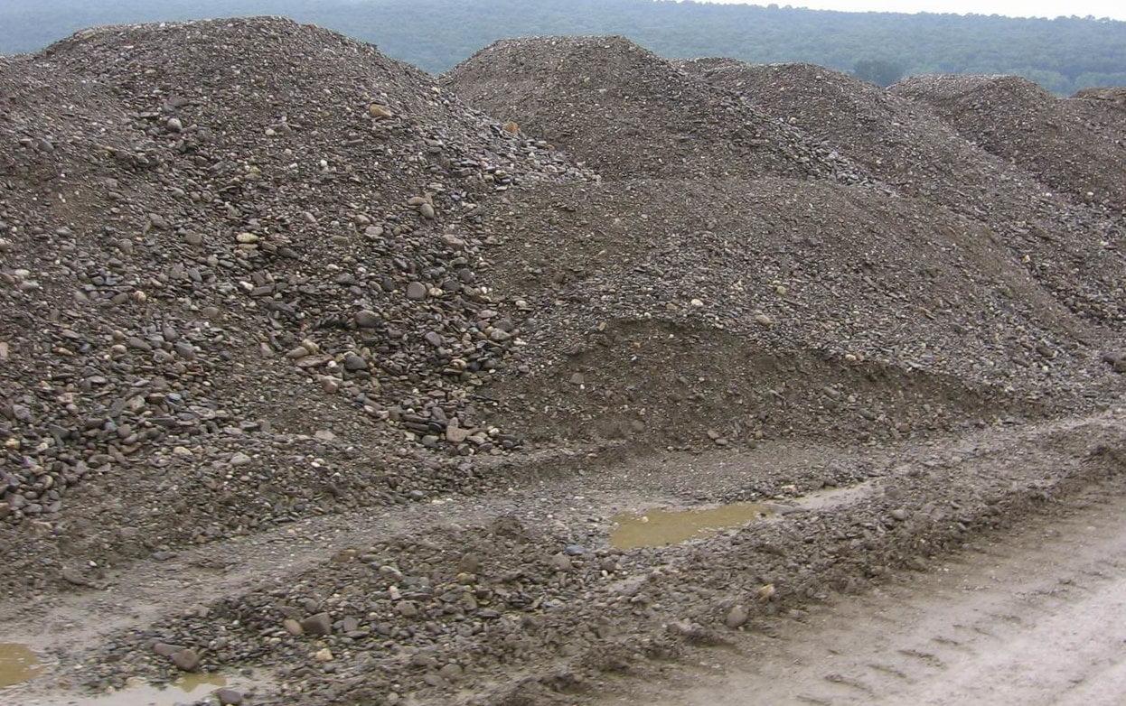 Amenzi de 165.000 de lei aplicate unor balastiere din județul Neamț, în luna iulie