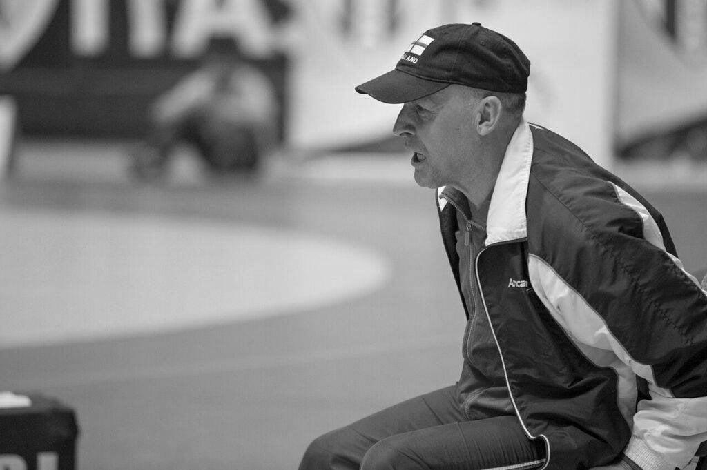 Sportul romașcan, în doliu. S-a stins din viață antrenorul emerit Dumitru Artene
