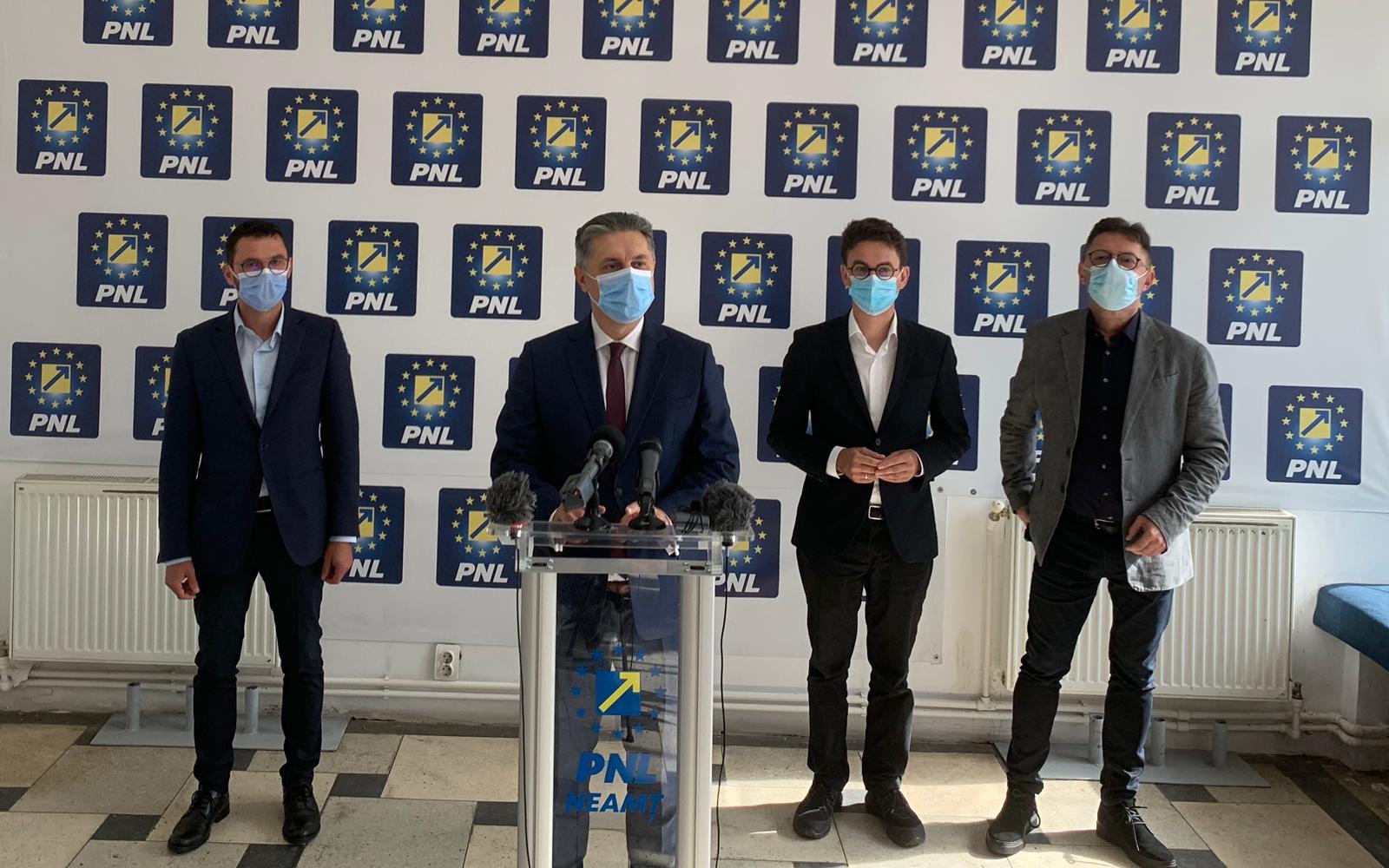 """Mugur Cozmanciuc, președintele PNL Neamț: """"PNL alături de USR-PLUS și PRO România vor face împreună majorități care să aibă drept obiectiv dezvoltarea județului Neamț"""""""