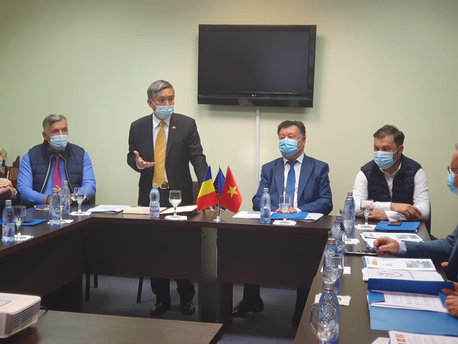 Ambasadorul Vietnamului, în vizită la Camera de Comerț și Industrie a Județului Neamț