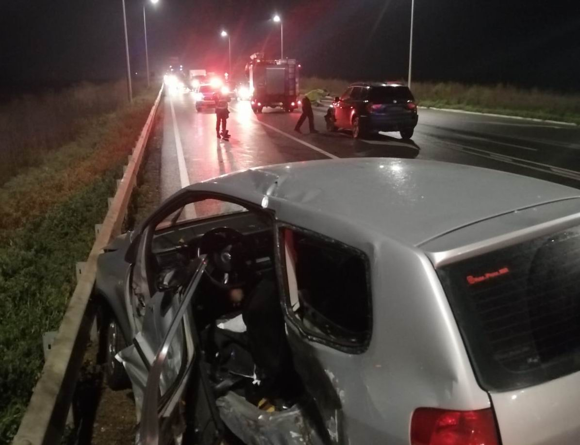 Accident rutier pe E85, lângă Roman