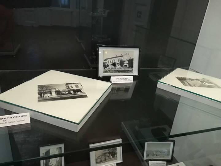 Romanul de odinioară, sub lentila aparatului fotografic. Expoziție la Muzeul de Istorie din Roman