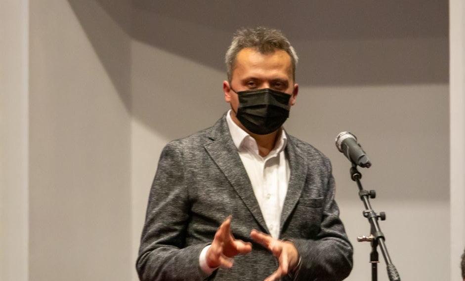 """Consilierul Bogdan Roman către primarul Achiriloaei: """"Să se permită accesul la comisia de circulație unui biciclist și unui pieton!"""""""