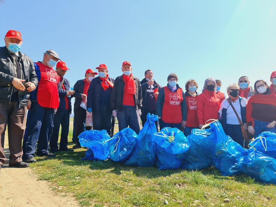 Campanie de ecologizare a organizației PSD Roman