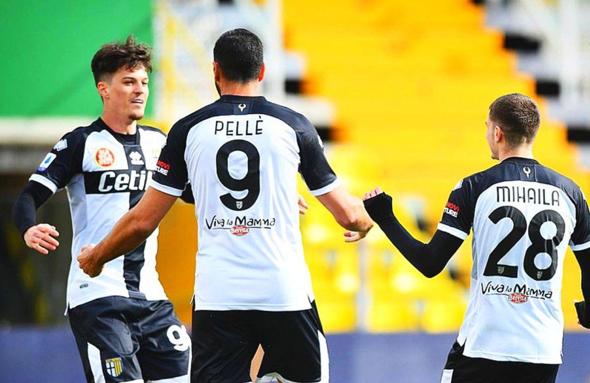 Vor reuși Dennis Man și Valentin Mihăilă să o mențină pe Parma în Serie A?