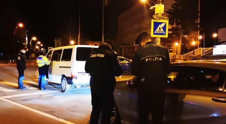 Peste 120 de amenzi aplicate miercuri de polițiști, pentru nerespectarea măsurilor de siguranță