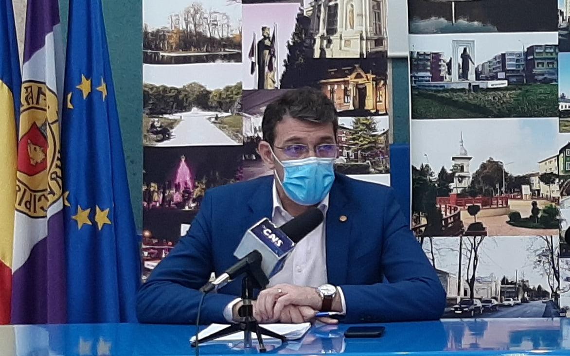 """Primarul Achiriloaei: """"Am rugat colegii să grăbim dosarele întârziate pentru concesiuni"""""""