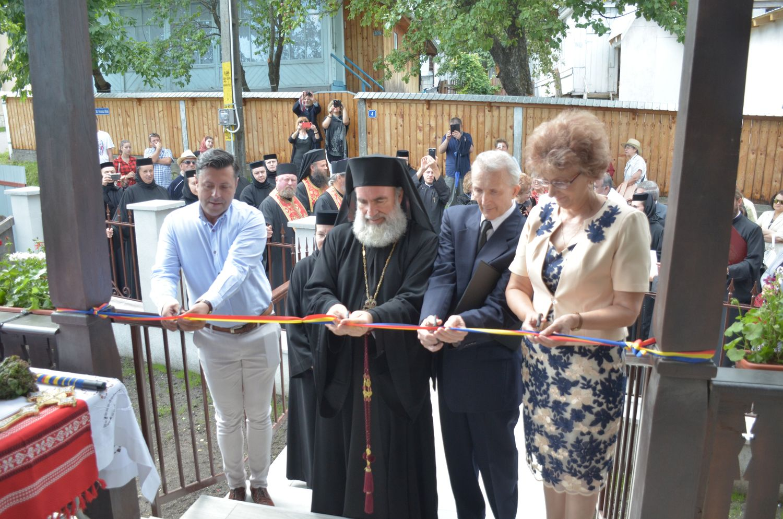 A fost inaugurat Centrul Cultural Spiritual Văratic