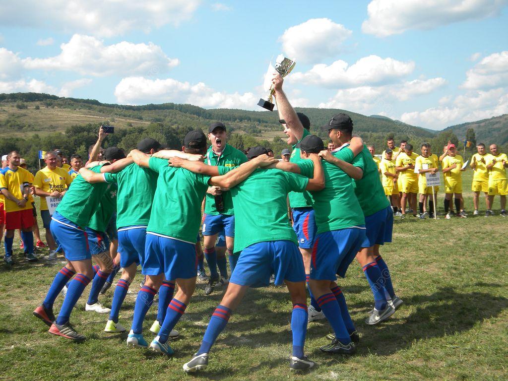 Biruința Gherăești a câștigat Cupa Satelor la oină