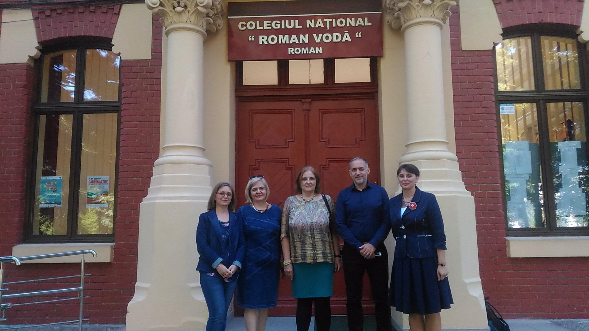 """Delegație a Institutului Francez Iași, în vizită la Colegiul Național """"Roman-Vodă"""""""