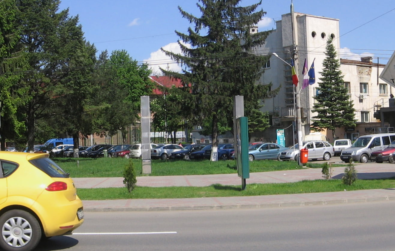 Se modernizează parcarea de la CNRV